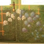 Gleznojums uz durvīm verandā